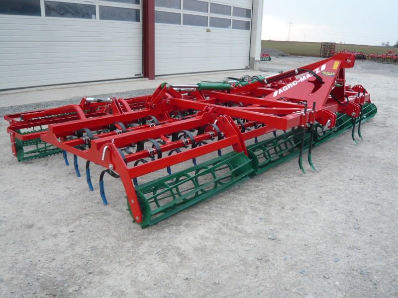 AGRO-MASZ AU 5,6m in der Farbe rot