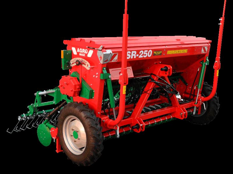 AGRO-MASZ SR300 Freigestellt in der Farbe rot